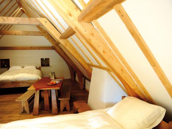 slapen-in-een-middeleeuws-huisje-supertrips1
