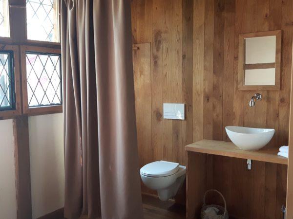 slapen-in-een-middeleeuws-huisje-supertrips4