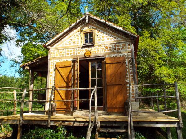covert-cabin-2