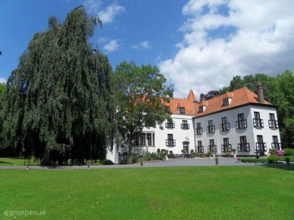 Belgie-oostvlaanderen-kasteel-assenede-exterieur2-1024x768