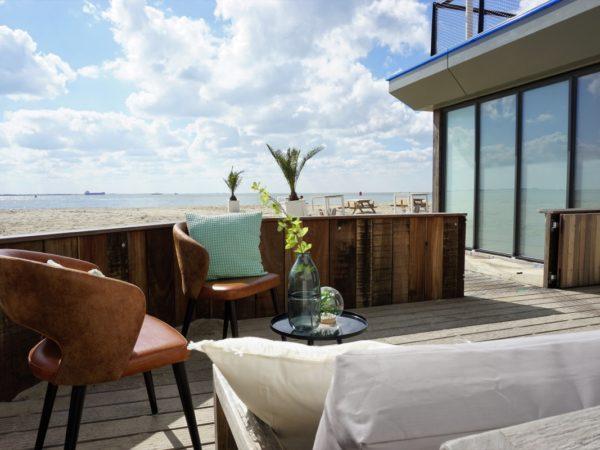 slapen-in-een-strandhuisje-6