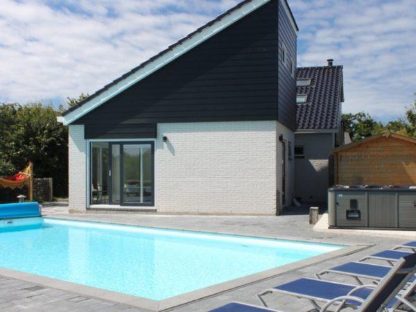 luxe-vakantiehuis-met-zwembad-3