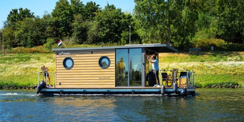 slapen-op-het-water-otter-house-boats-1