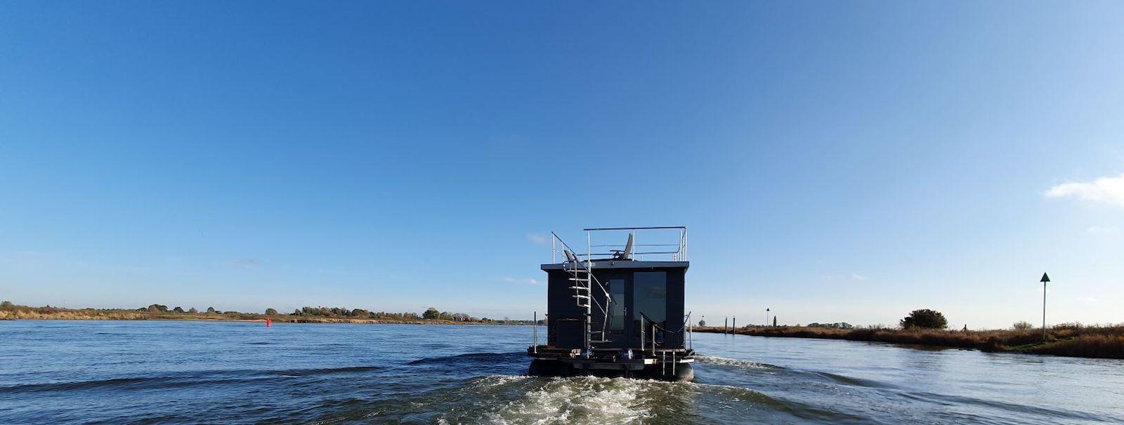 Supertrips - Otter Easy Houseboats