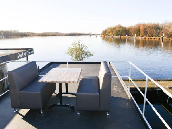 luxe-waterlodge-slapen-op-het-water-19