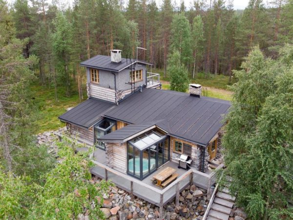 finland-lapland-natuurhuisje-aanzicht-boven-lodge