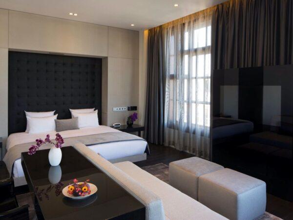 hotel-in-amsterdam-art-otel-2
