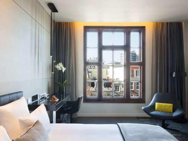hotel-in-amsterdam-art-otel-4