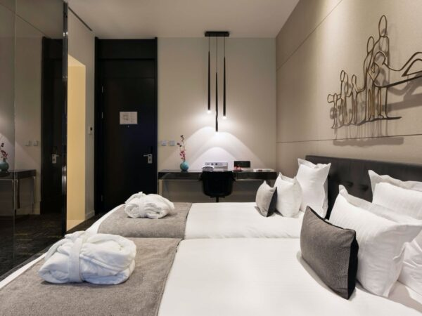 hotel-in-amsterdam-art-otel-8