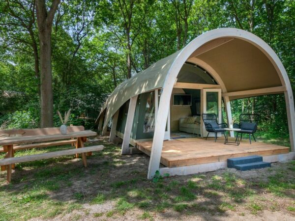 Glamping-tenten-in-enter1