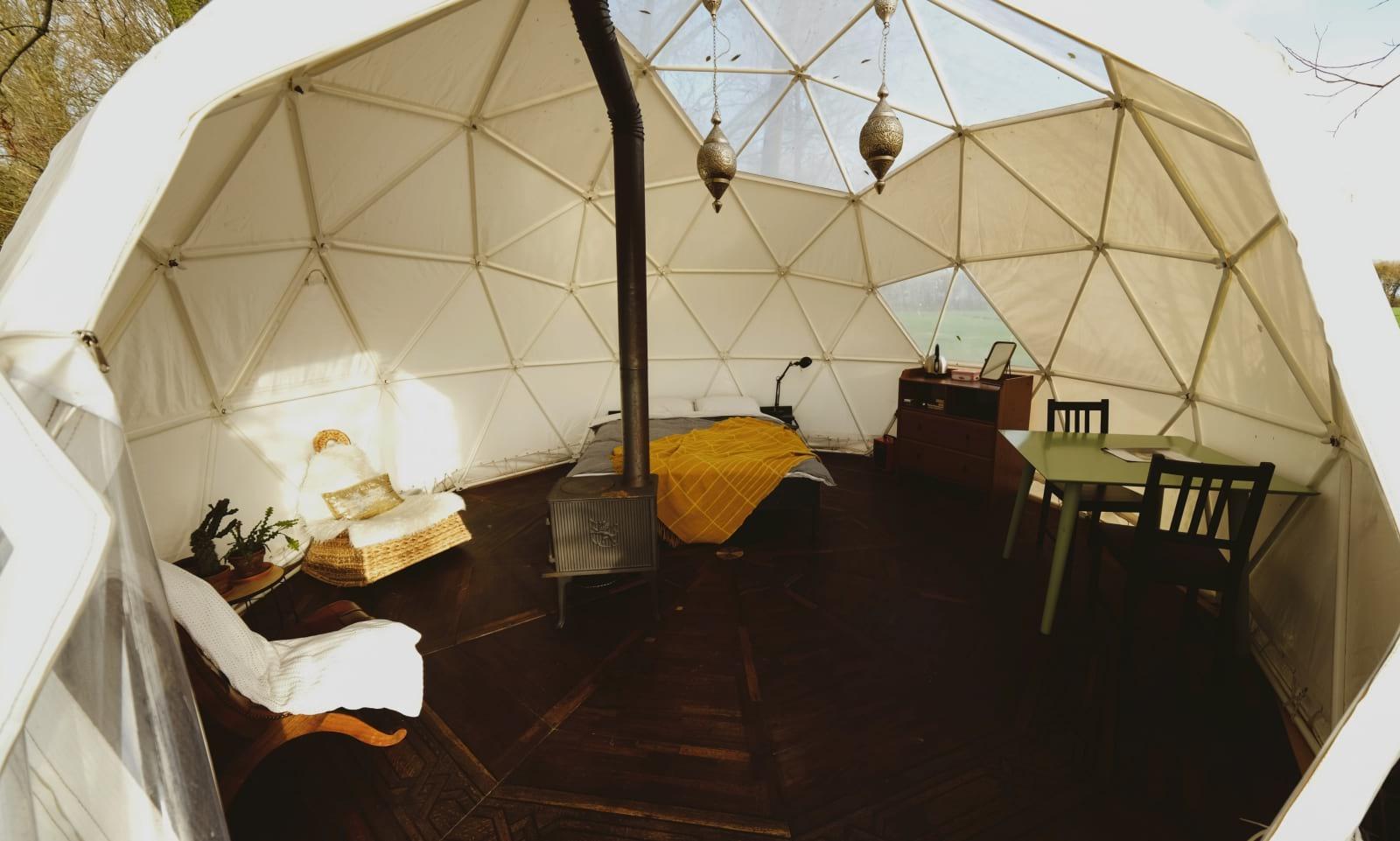 Supertrips - Bijzondere dome overnachting in Vuren