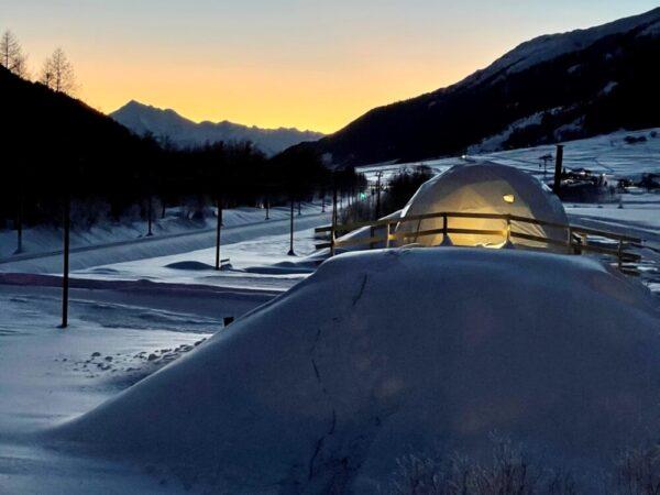 iglo-overnachting-winter-sneeuw