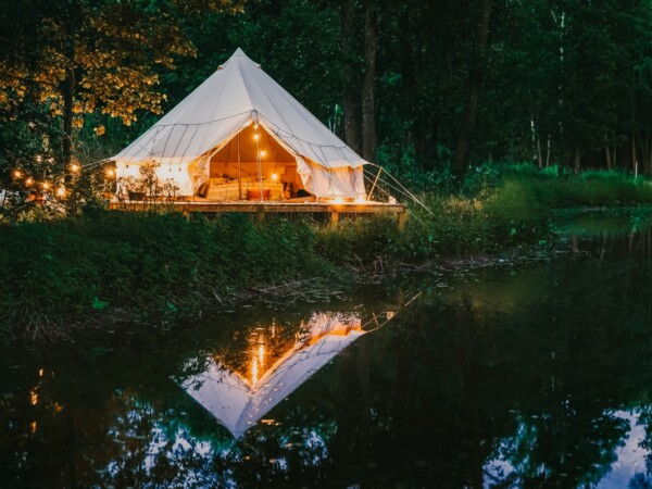 bell-duo-pop-up-glamping-1