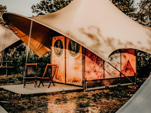 camping-middenin-het-bos-nederland