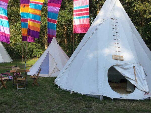 tipi-en-kinder-tipi-camping-overnachting