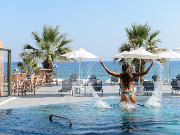 zwembad-hotel-griekenland