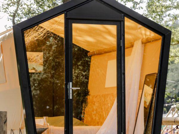luxe-overnachten-op-camping-nederland