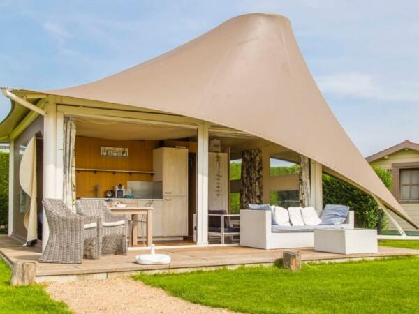 zonneweelde-slapen-in-een-glamping-tent-1